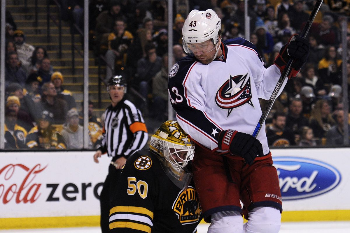 Jonas Gustavsson gets a faceful of Scott Hartnell's behind