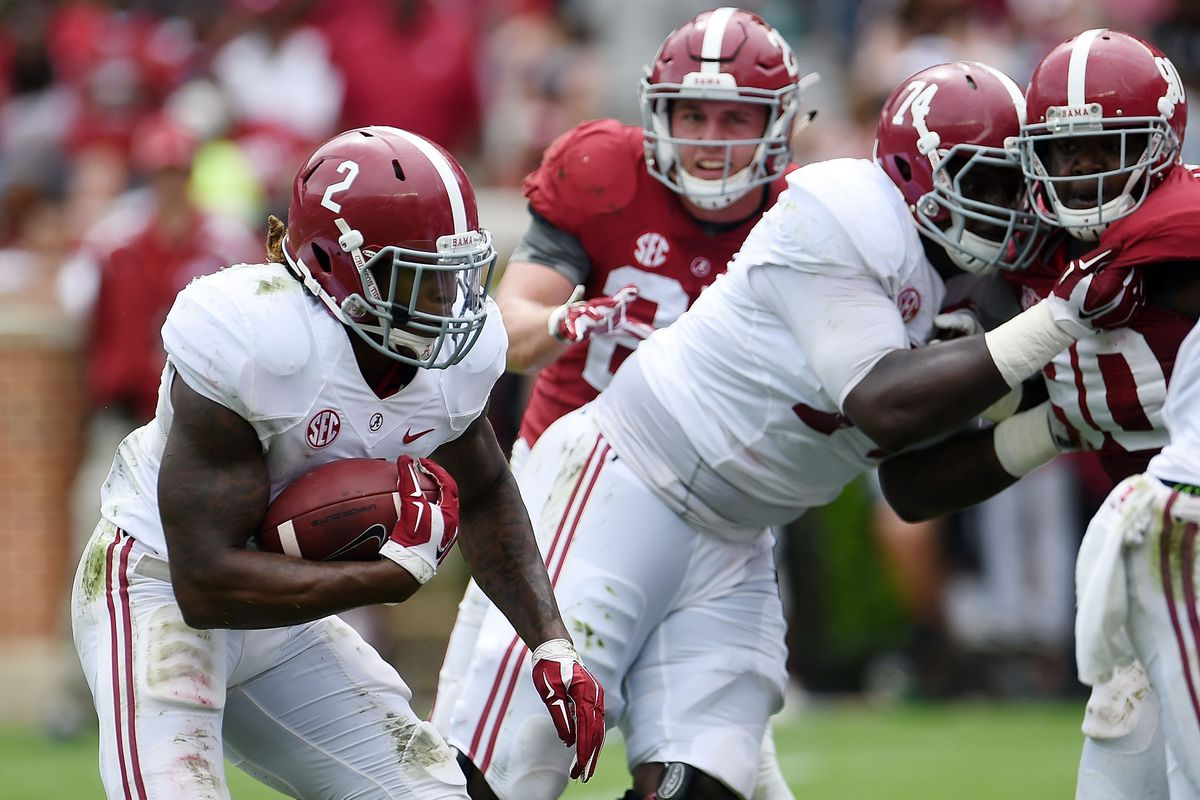 Cam Robinson (74) and Derrick Henry (2) return in 2015.