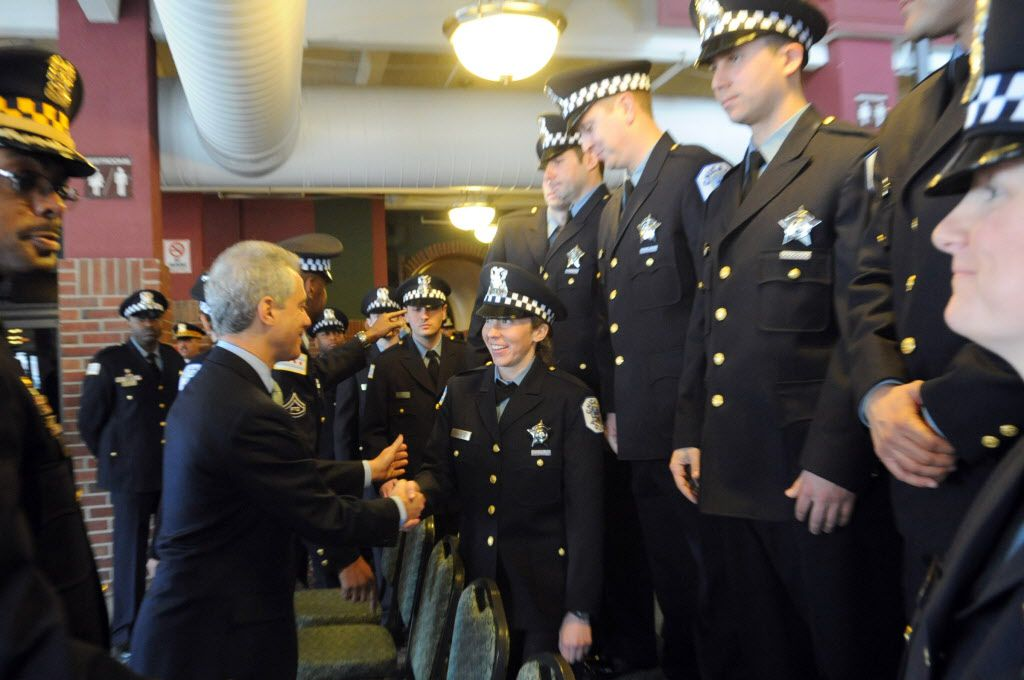 Mayor Rahm Emanuel chats with a graduating class of Chicago Police Recruits at Navy Pier in 2013. File Photo. | Brian Jackson ~ Sun-Times