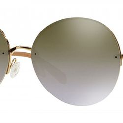 Wireless and totally chic, the large size of these sunglasses is basically perfect for any face shape.