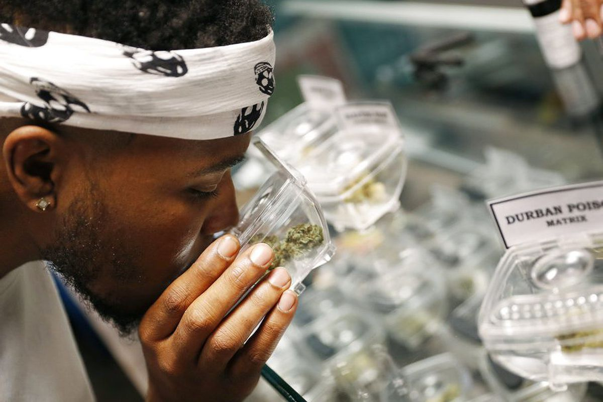 """Illinois state authorities announced new """"Same Site"""" recreation pot licenses."""