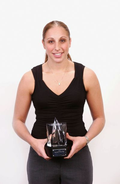 Taurasi Wins Rookie Of The Year