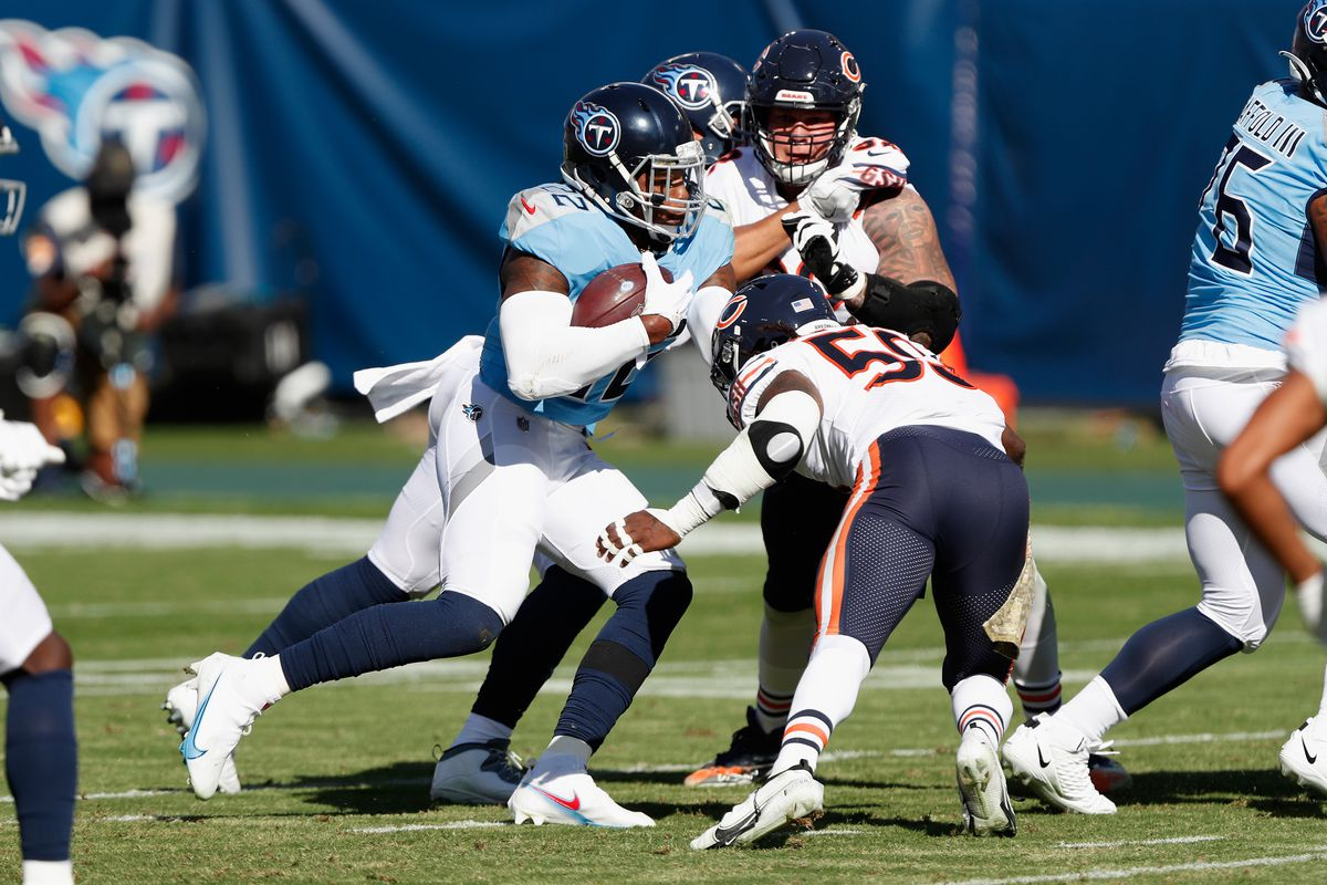 Derrick Henry #22 of the Tennessee Titans runs the ball during the first quarter against the Chicago Bears at Nissan Stadium on November 08, 2020 in Nashville, Tennessee.