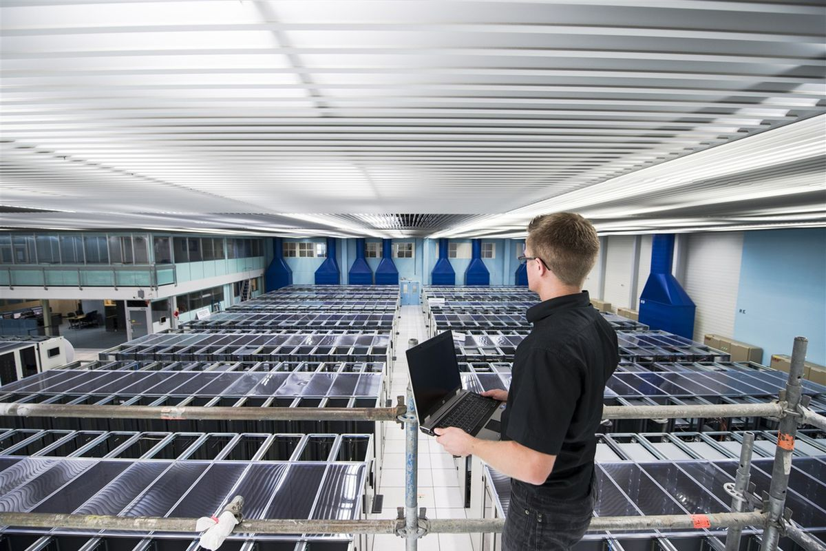 large hadron collider computing center