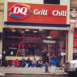 """<a href=""""http://ny.eater.com/archives/2014/05/dq.php"""">Manhattan's First Dairy Queen Opens Today</a>"""