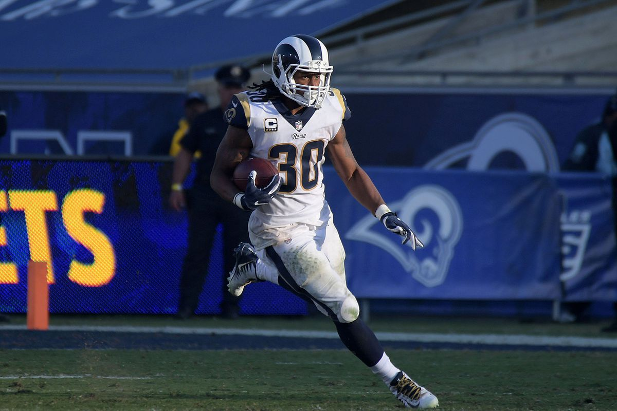 Los Angeles Rams RB Todd Gurley carries the ball against the New Orleans Saints in Week 12, Nov. 26, 2017.