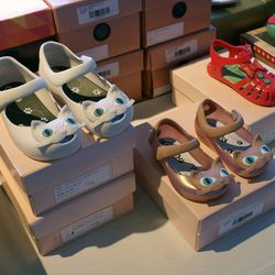 """We couldn't resist snapping these adorable kitty shoes at jelly shoe brand <a href=""""http://shopmelissa.com"""">Melissa</a>'s booth."""