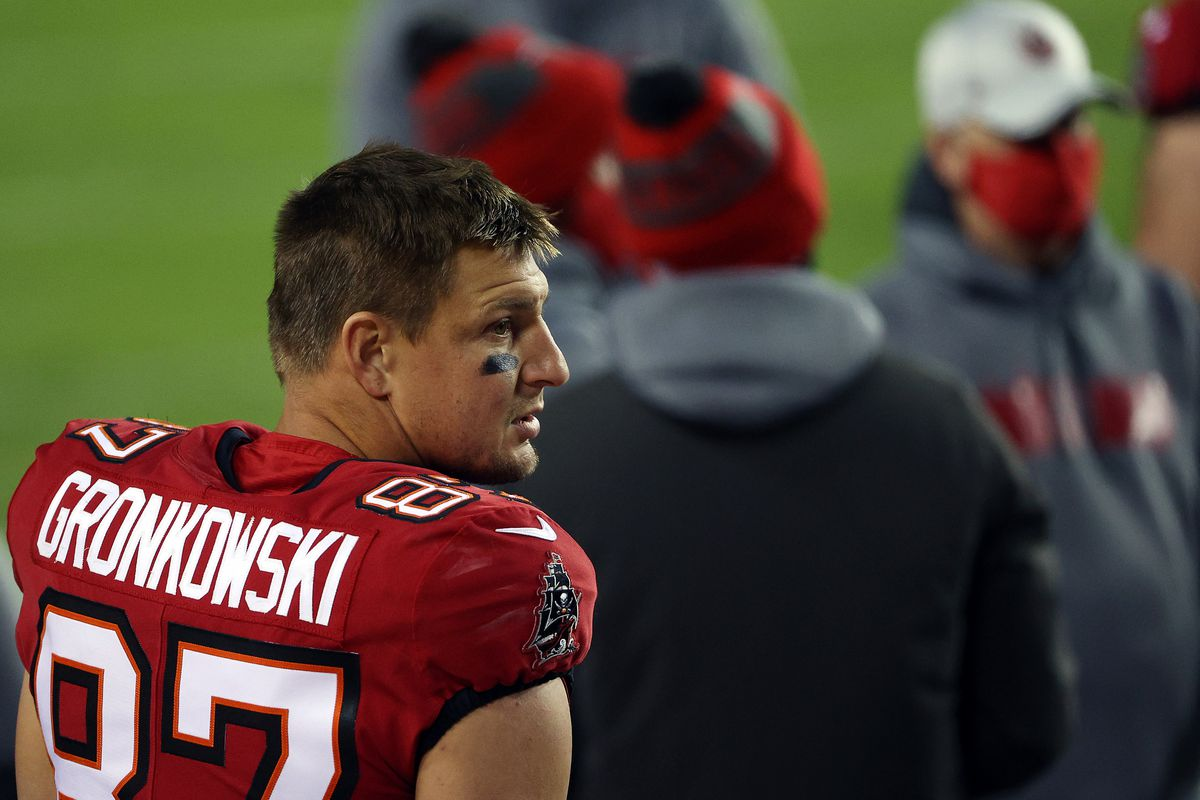 Rob Gronkowski #87 of the Tampa Bay Buccaneers watches from the sidelines prior to the game against the Washington Football Team at FedExField on January 09, 2021 in Landover, Maryland.