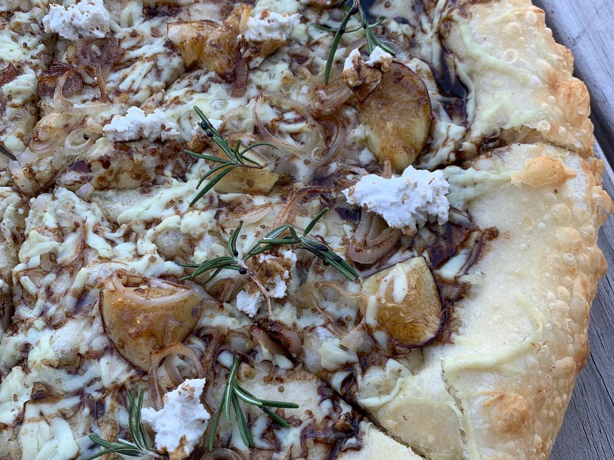 A pie from Li'l Nonna's