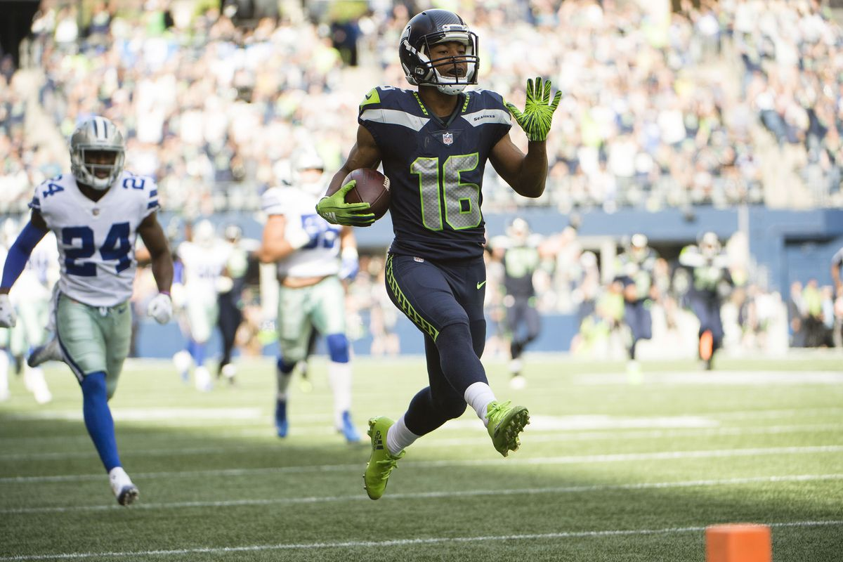Dallas Cowboys Vs Seattle Seahawks Limiting The Russell