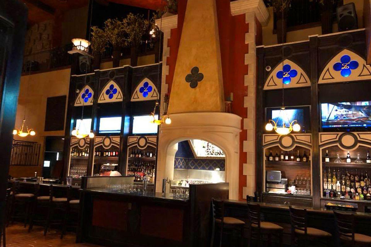 Gondola Bar Replaces Zeffirino at Grand Canal Shoppes - Eater Vegas