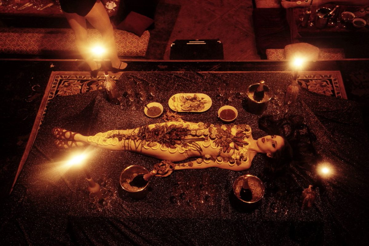 Naked Human Tray At Lascivious Bushwick Dinner Parties -4810