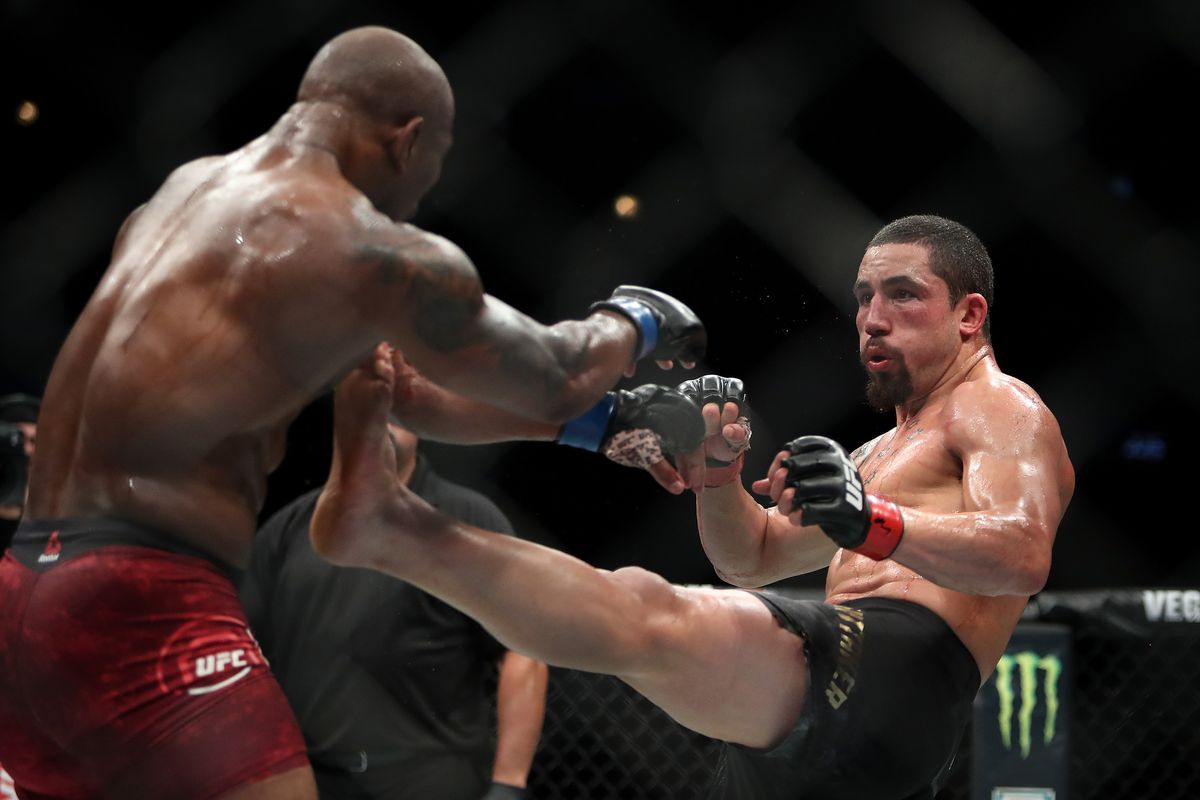 Midnight Mania! Kamaru Usman dismisses Robert Whittaker's ...