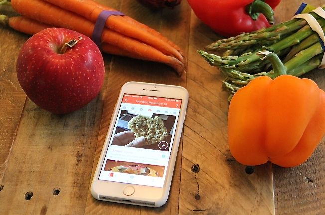 You log your meals in Rise by either snapping a photo or entering text. Your Rise coach can comment on your food journal or message you privately.