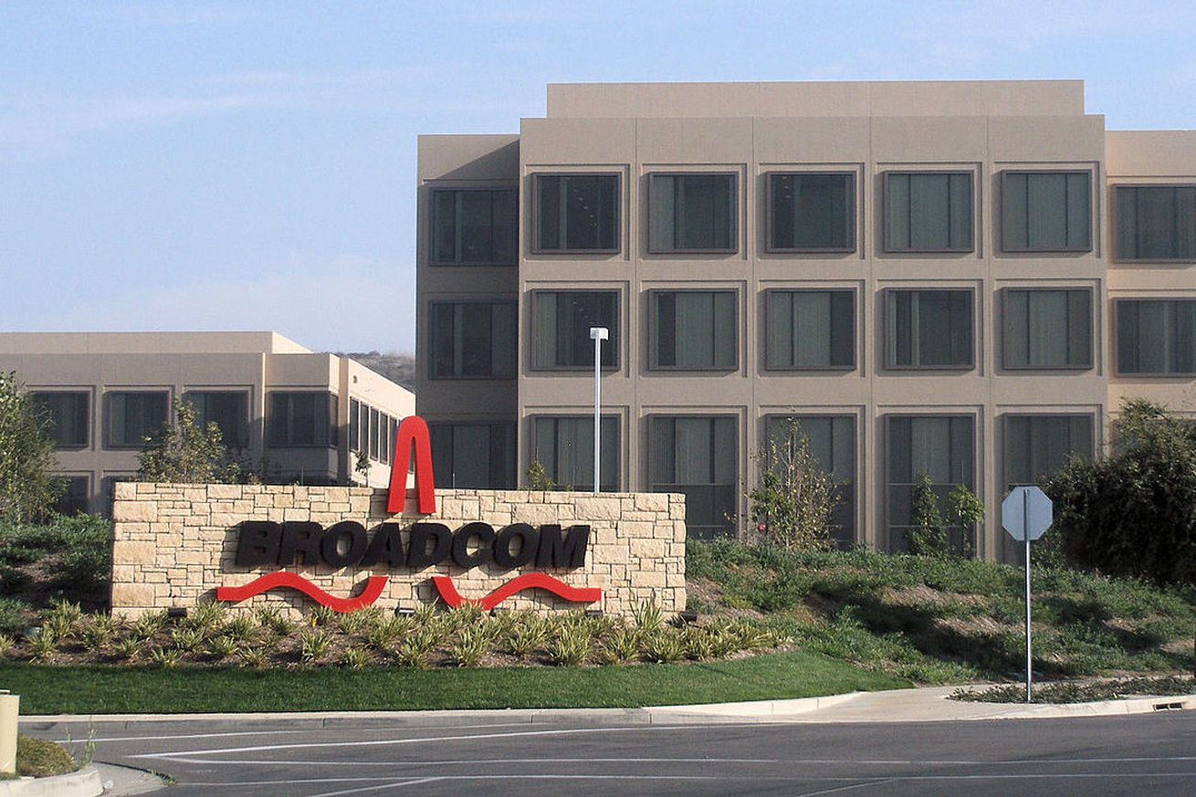 what is broadcom and why is it trying to buy qualcomm