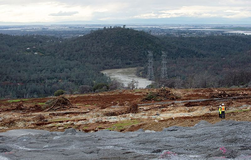 Oroville Dam: Report places blame on decades of neglect