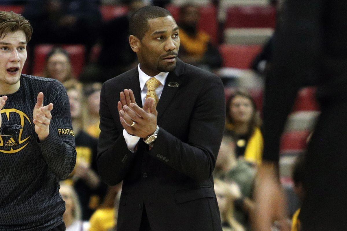 Lavall Jordan to be Butlers new coach