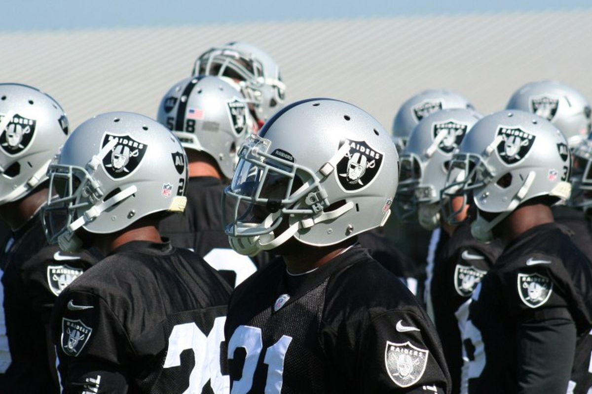 Oakland Raiders players at 2012 training camp (photo by Levi Damien)
