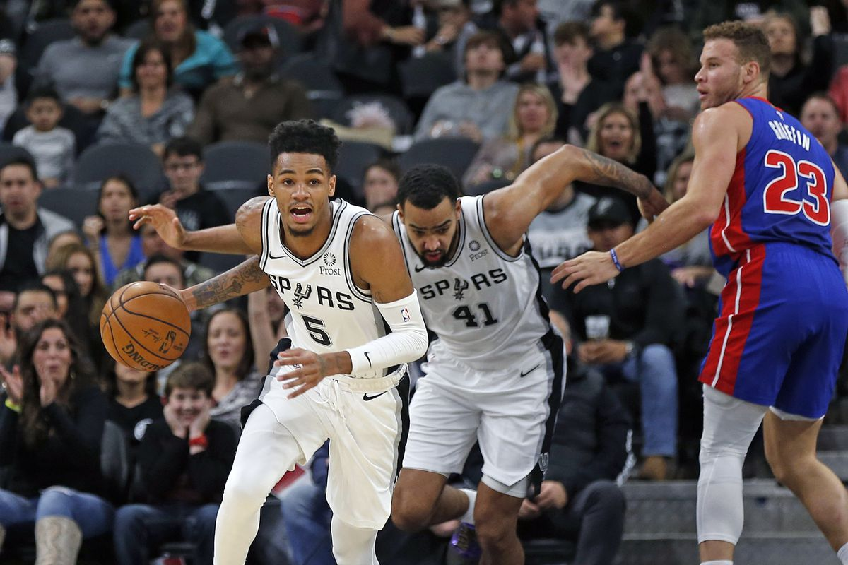 Dejounte Murray of the San Antonio Spurs pushes the ball downcourt against the Detroit Pistons during first half action at AT&T Center on December 28, 2019 in San Antonio, Texas.