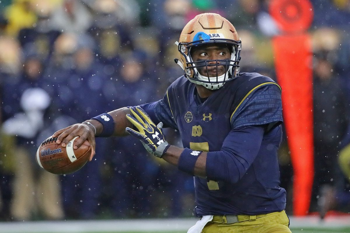 f756684e A theory about what alternate uniform Notre Dame football could wear ...