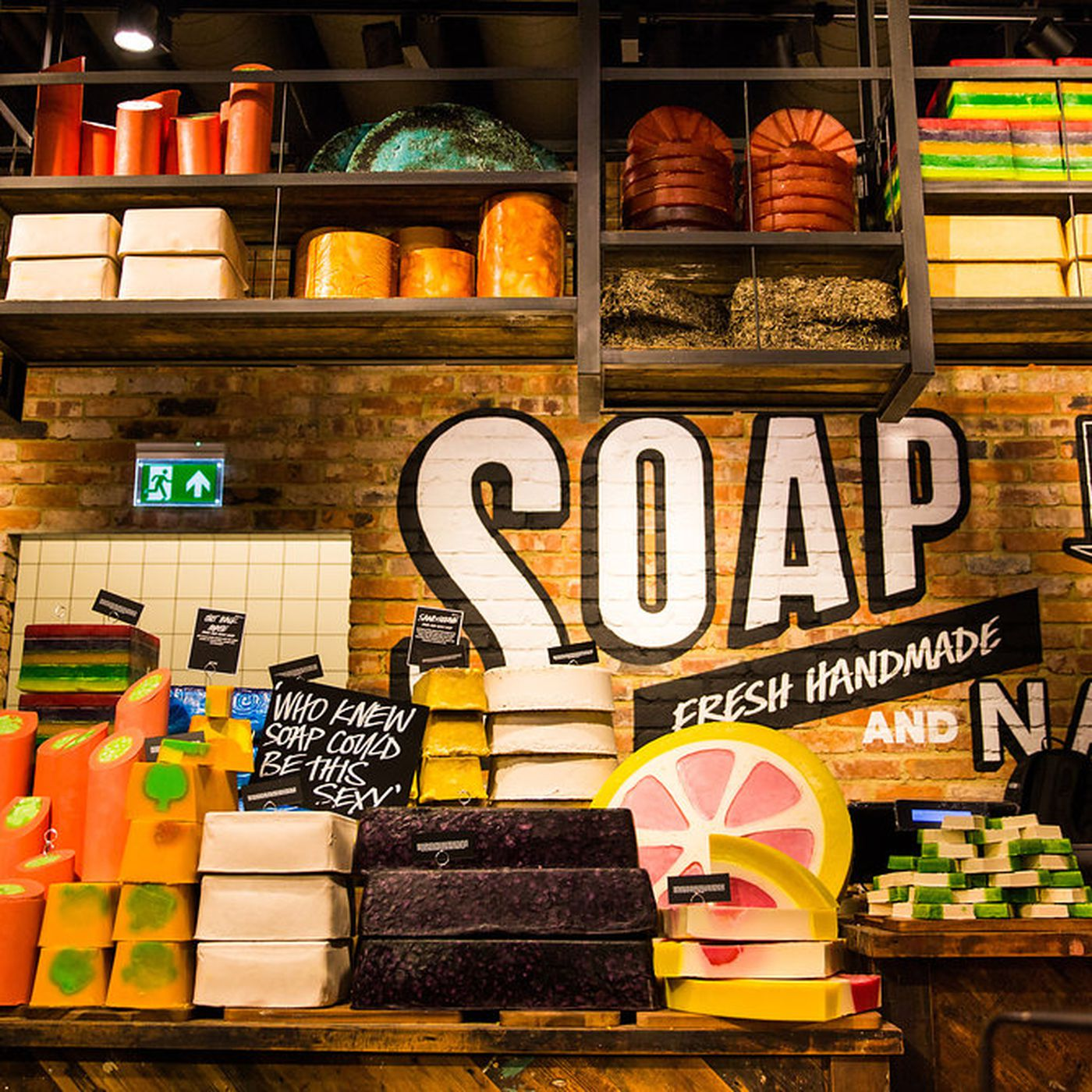 Why Lush Stores Smell Like That - Racked