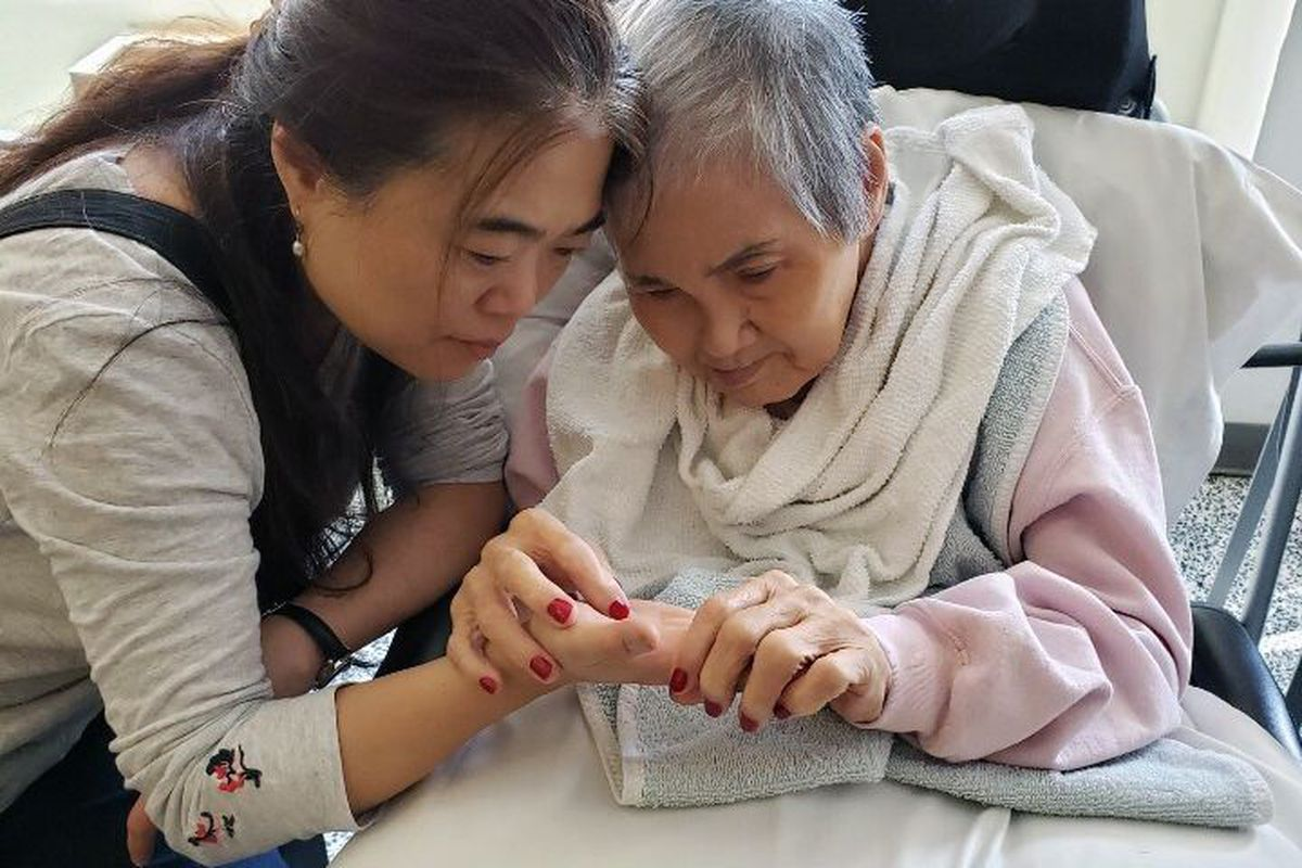 Berna Lee and her mother, who lives at Sapphire Center for Rehabilitation and Nursing in Flushing.