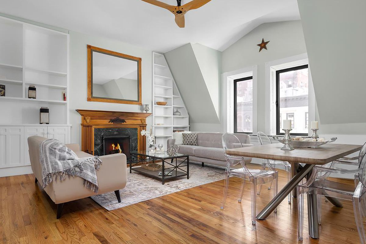 Amy Schumer S Charming Upper West Side Apartment At A Loss