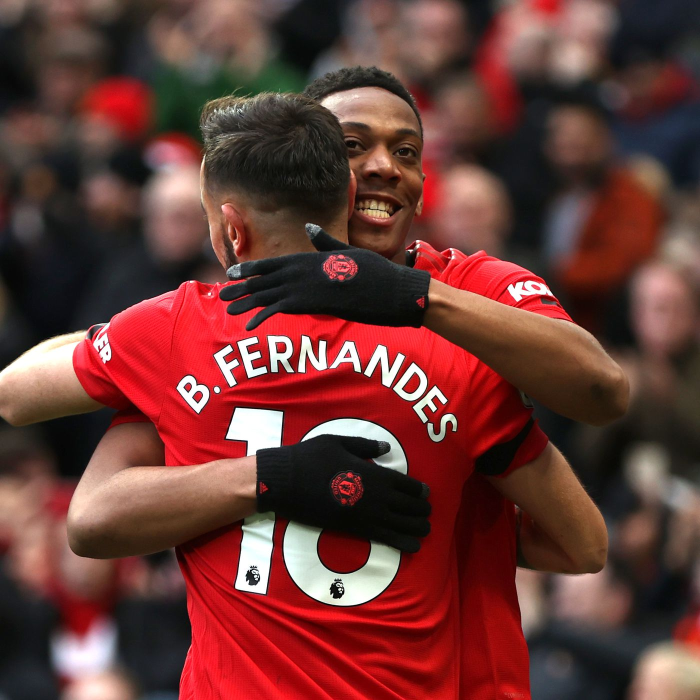Manchester United 3 0 Watford Fernandes Nets In Comfortable Win The Busby Babe