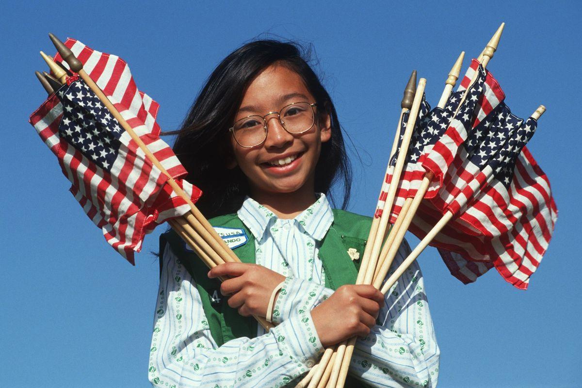 girl scout ( spirit of america / Shutterstock.com)