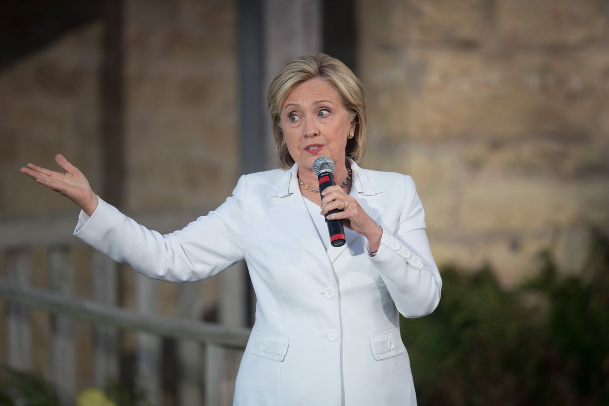 Hillary Clinton speaks to guests during a campaign event at Tabor Home Vineyards and Winery on August 26, 2015, in Baldwin, Iowa.