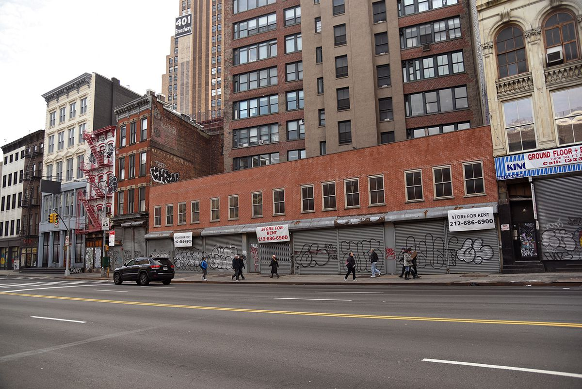 54f74877c 312-322 Canal Street: This January, the Landmarks Preservation Commission  approved plans to build a seven-story residential building at this site, ...