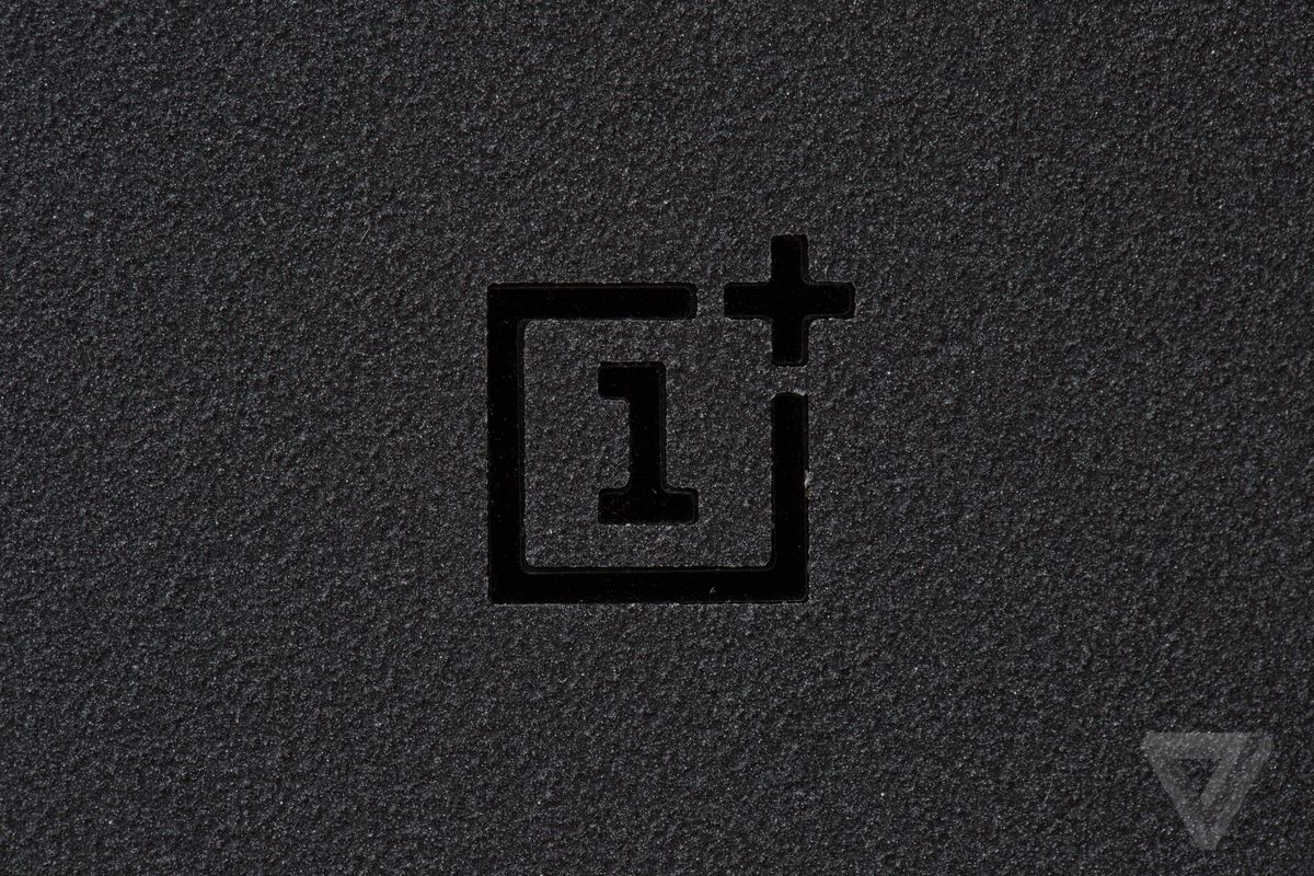 OnePlus 5T Teased In New Photos