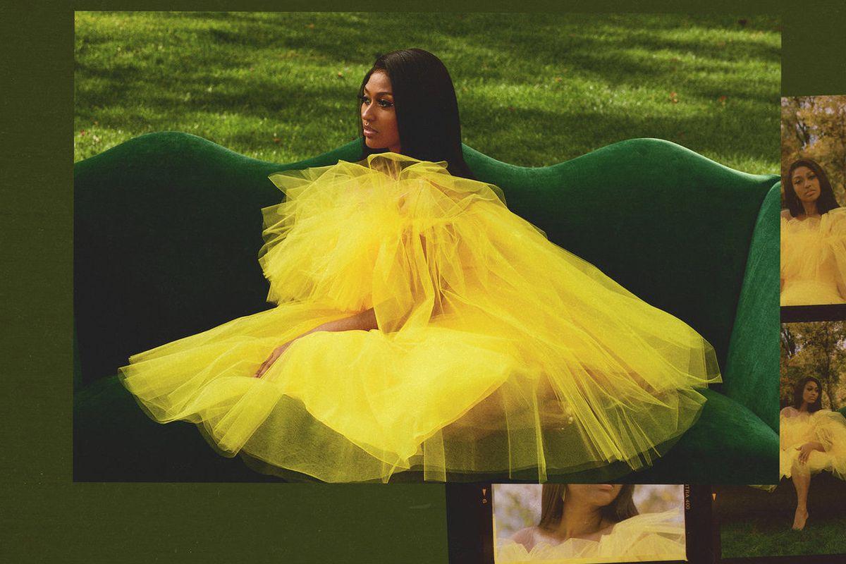 "Jazmine Sullivan's ""Girl Like Me"" artwork"