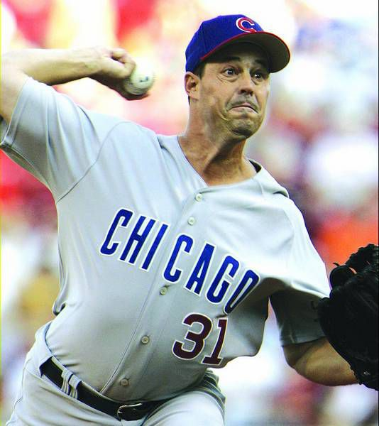 Chicago Cubs pitcher Greg Maddux throws against the Cincinnati Reds in the first inning of a baseball game Friday, June 9, 2006, in Cincinnati. Four-time Cy Young Award winner Greg Maddux was traded from the Chicago Cubs to the Los Angeles Dodgers on Monday July 31, 2006 for infielder Cesar Izturis, agent Scott Boras said. (AP Photo/Al Behrman)