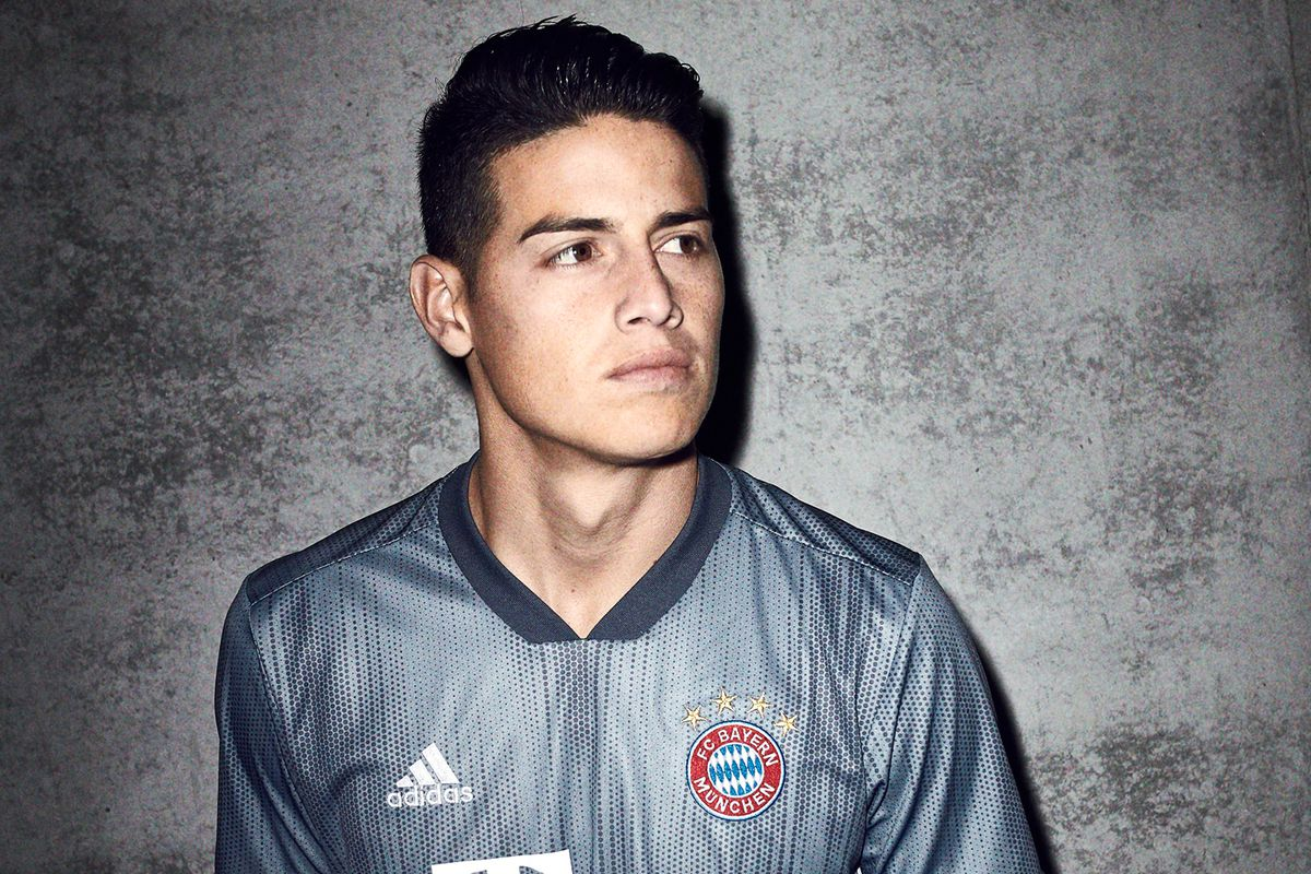 more photos 11276 52921 KIT DROP: Bayern Munich officially release alternate ...