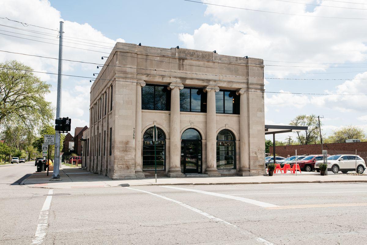 West Village Bank Building Gains New Tenants Curbed Detroit