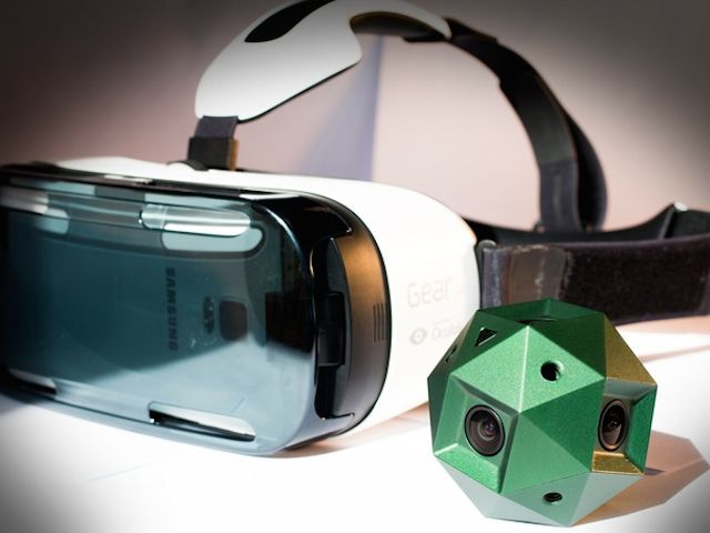 The Sphericam 2 with a Samsung Gear VR headset