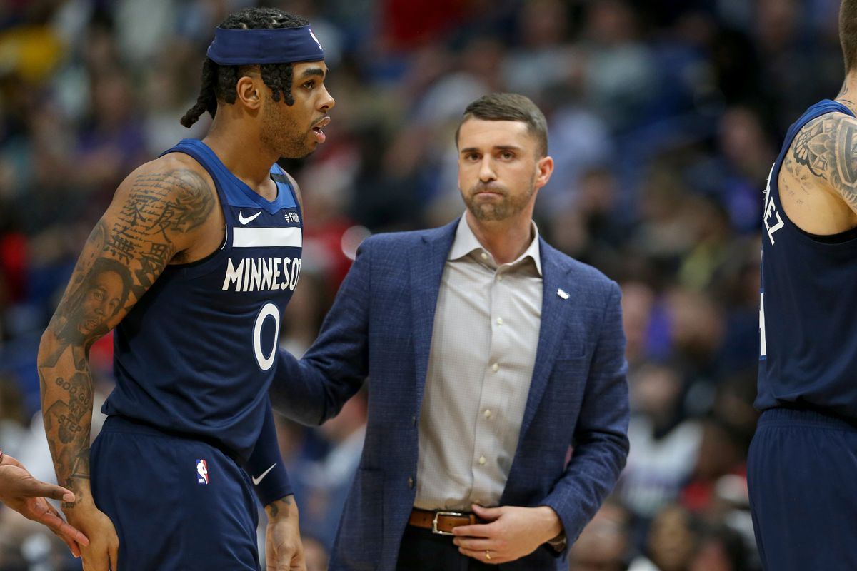 Minnesota Timberwolves head coach Ryan Saunders and guard D'Angelo Russell in the second half against the New Orleans Pelicans at the Smoothie King Center.