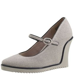 <a href= http://www.payless.com/store/product/detail.jsp;jsessionid=029A09A4552495C7917191C3424D13E3.pss-app-02-app1?catId=cat10376&subCatId=&skuId=093574070&productId=71152&lotId=093574&category=&catdisplayName=Brands>Mary Wedge</a>, Was $56.99, Now $49.