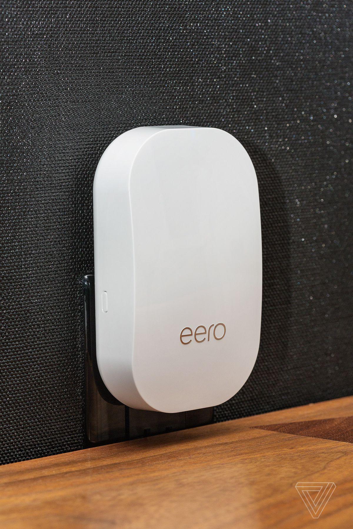 The new Eero Beacon