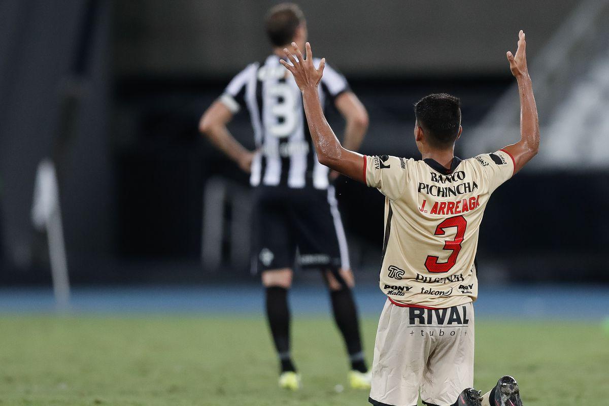 Botafogo v Barcelona de Guayaquil - Copa Bridgestone Libertadores 2017