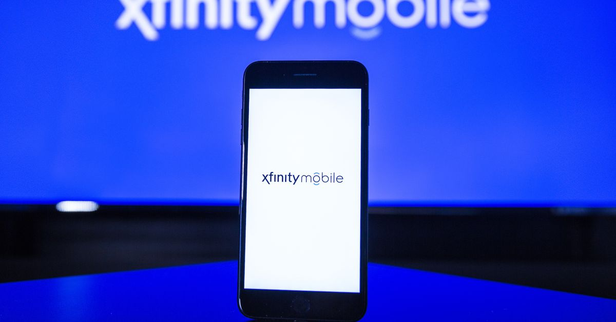 """Comcast's Xfinity Mobile now charges extra for HD streaming on """"unlimited"""" plans"""