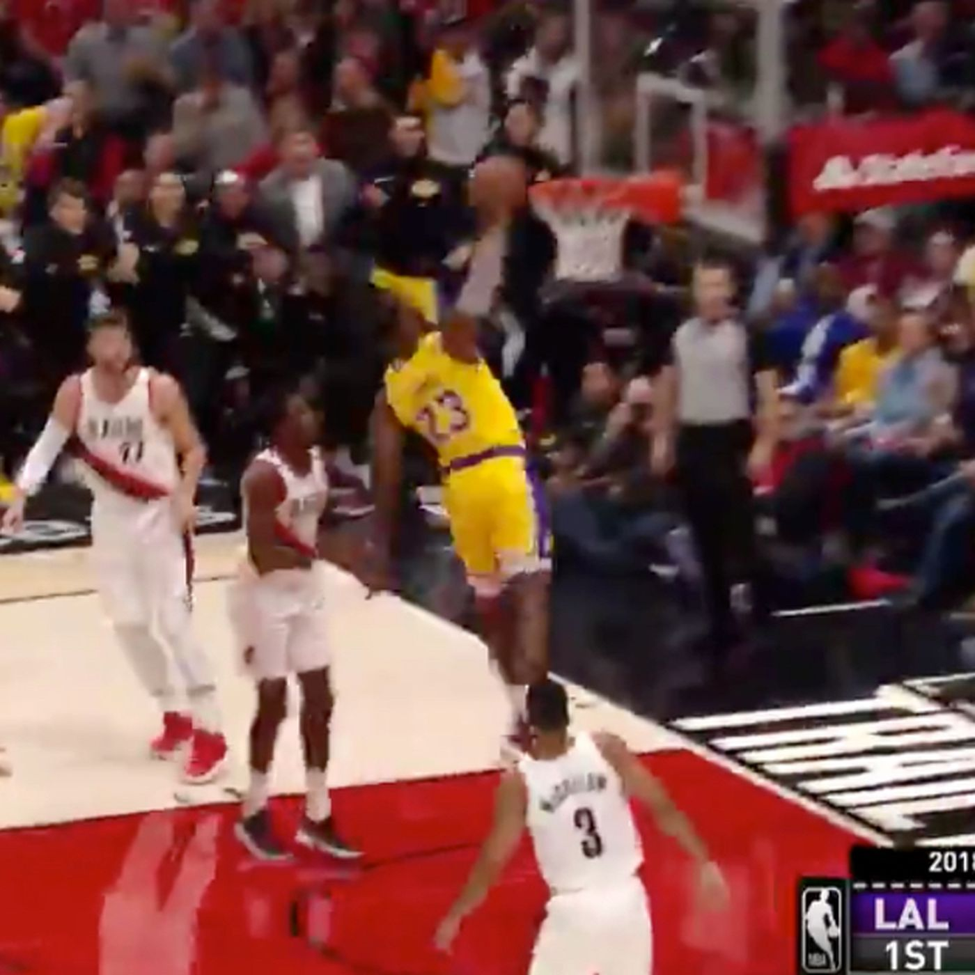 Lebron James Is A Laker And Dunking Everywhere Sbnation Com