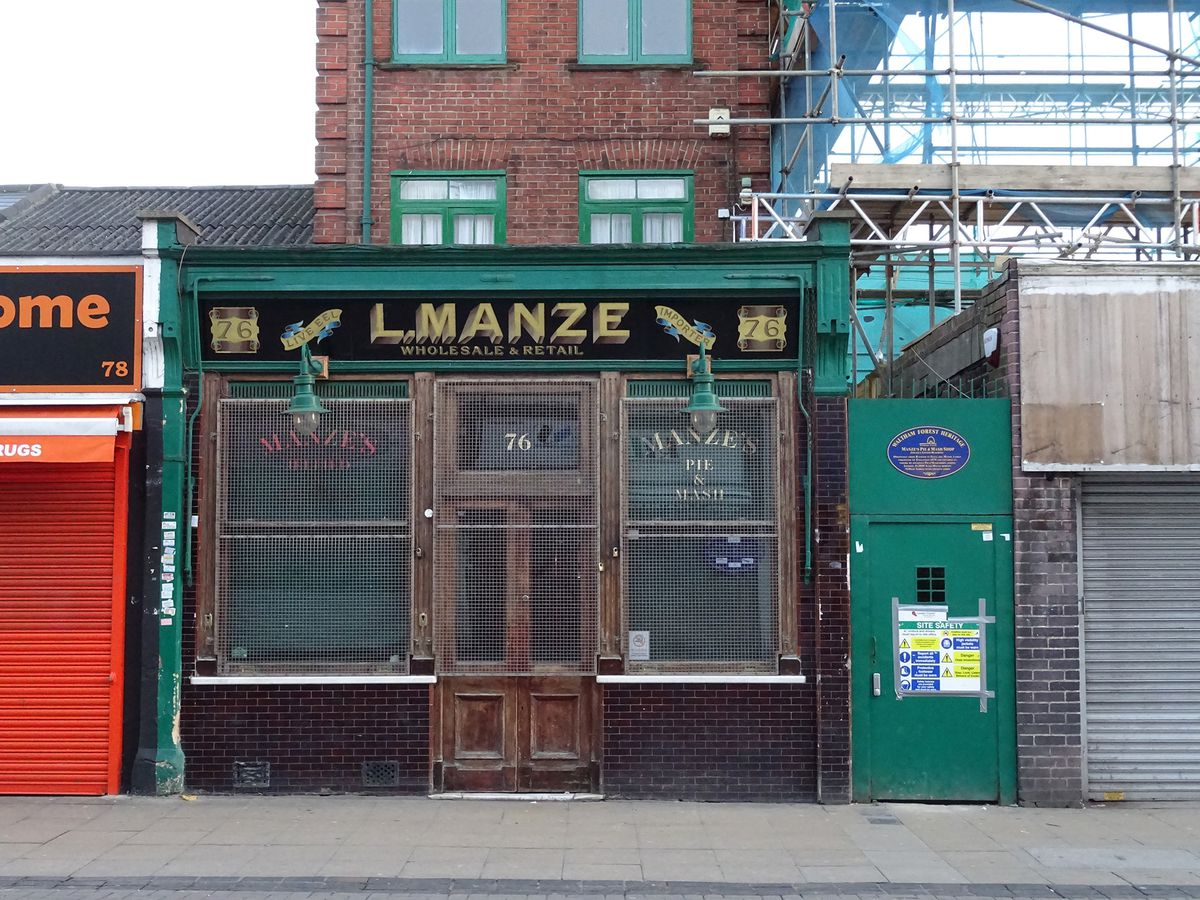 London's best pie and mash shops: Pie and mash in London at Manzes Walthamstow