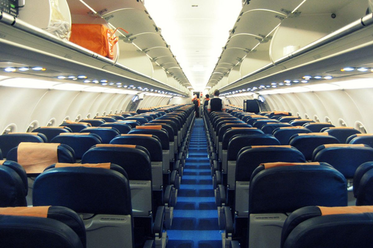 Delta And American Airlines Say They Wont Make Their Coach Seats