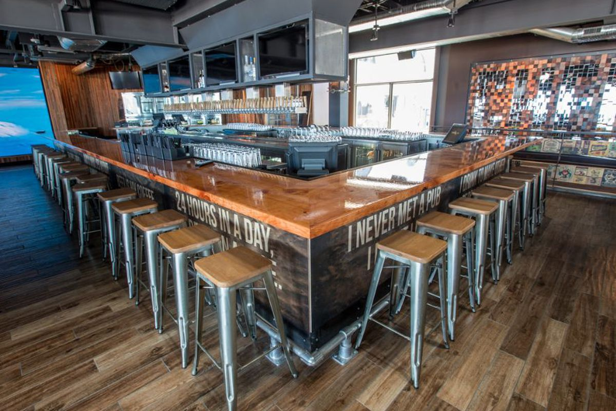 """<a href=""""http://sandiego.eater.com/archives/2014/06/19/beachfront-beer-playground-opens-at-belmont-park.php"""">Draft, San Diego</a>."""