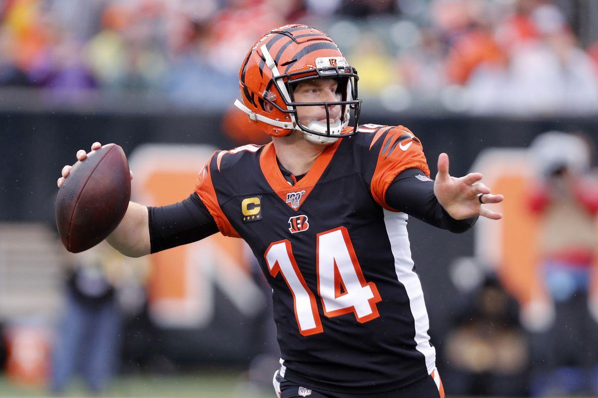 Cincinnati Bengals quarterback Andy Dalton throws the ball against the Cleveland Browns during the first half at Paul Brown Stadium.