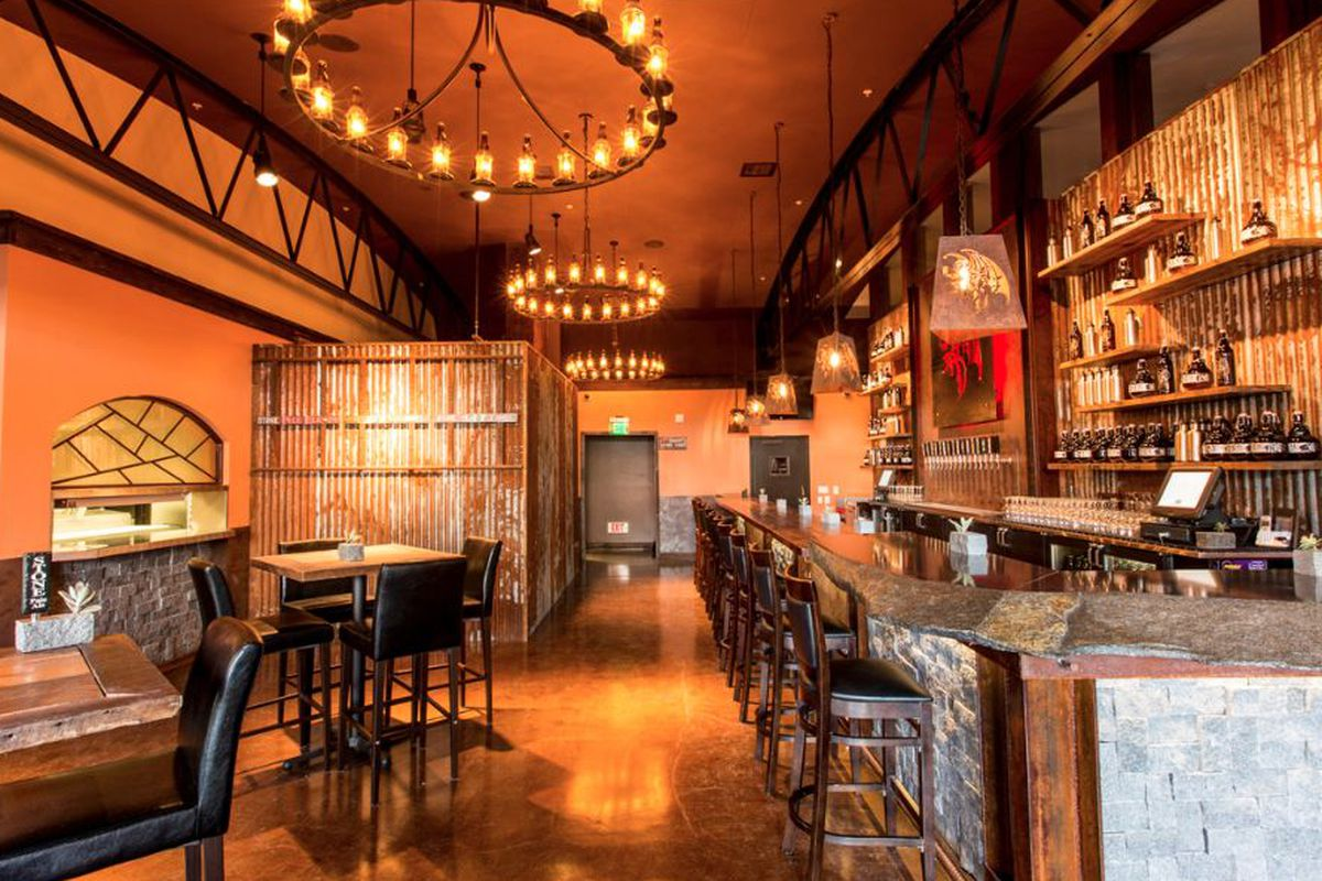"""<a href=""""http://sandiego.eater.com/archives/2014/03/24/two-stone-brewing-outposts-open-downtown-this-week.php"""">Stone Brewing Taproom, San Diego</a>."""