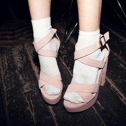 """Photo via <a href=""""http://blog.boutiika.com/2012/10/monday-inspiration-heels-and-socks/"""">Boutiika</a>"""