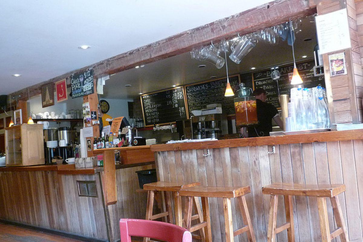 Mojo Bicycle Cafe.